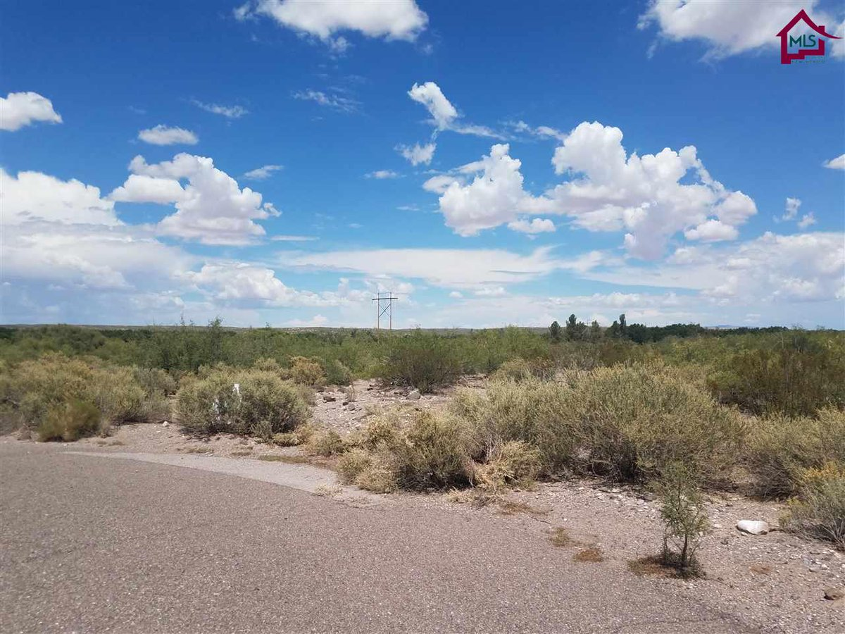 I am looking for a buyer on 140 Edgewater Court #Hatch #NM  #realestate http://video.circlepix.com/1090686c59856d237fa04…