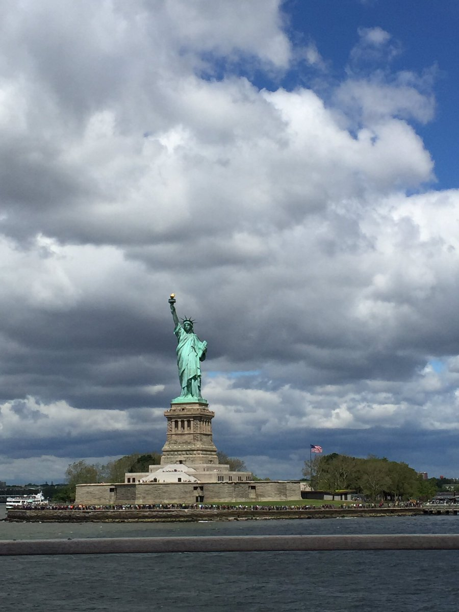 """Give me your tired, your poor, Your huddled masses yearning to breathe free, The wretched refuse of your teeming shore. Send these, the homeless, tempest-tost to me, I lift my lamp beside the golden door!"" @HowellTwpMSN #8thgradetrip <br>http://pic.twitter.com/gRF1aYFN88"