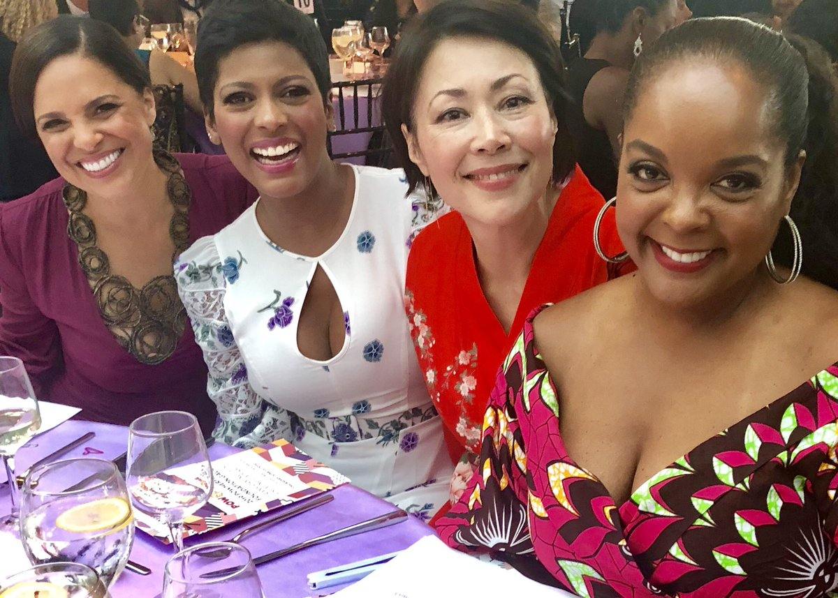 .@soledadobrien @AnnCurry @KimBondy When your table is #powHERful Nothing can stop us. Joining forces for the next generation!! Thank you ladies for the friendship and sisterhood. @PowHERfulFdn What A Night!!!!!