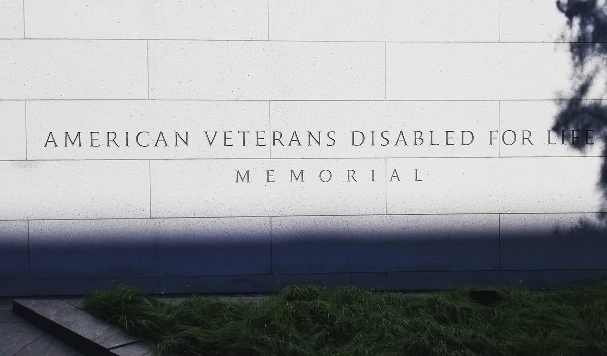 Our @SToursofAmerica group visited the American Veterans Disabled for Life Memorial here in #DC. #potomactours #8thgradetrip #seetheusa #studenttours #americanveteransdisabledforlifememorial<br>http://pic.twitter.com/4JQo0uKHdM