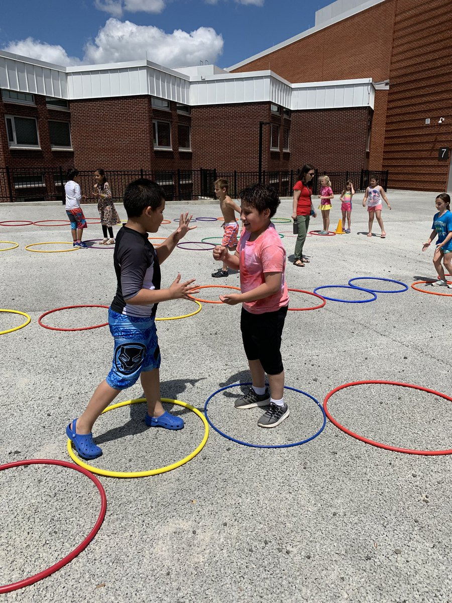 RT <a target='_blank' href='http://twitter.com/MsDulla2ndgrade'>@MsDulla2ndgrade</a>: Had the best day at field day today! Thank you <a target='_blank' href='http://twitter.com/AbingdonPE'>@AbingdonPE</a> for a great day!!! <a target='_blank' href='https://t.co/gEJq7EoAke'>https://t.co/gEJq7EoAke</a>