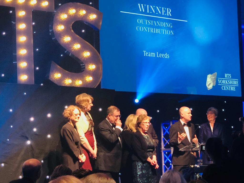 Huge respect and congrats to the winning @Channel4 team 🍾 who took the outstanding achievement award at this year's @RTSYorkshire1 awards for their collaboration on the winning #LEEDS BID. The future is bright 🥇