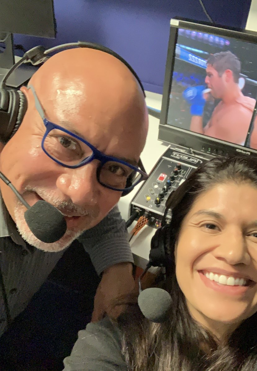Que noche! What a night of fights here con @DAZN_USA @daznglobal commentating @BellatorMMA 222 en Espanol! Great fights and always a pleasure to be along side @edgarlopezlive. Gracias. Thank you. Obrigada. #DAZN #Bellator222 #MMA #WMMA