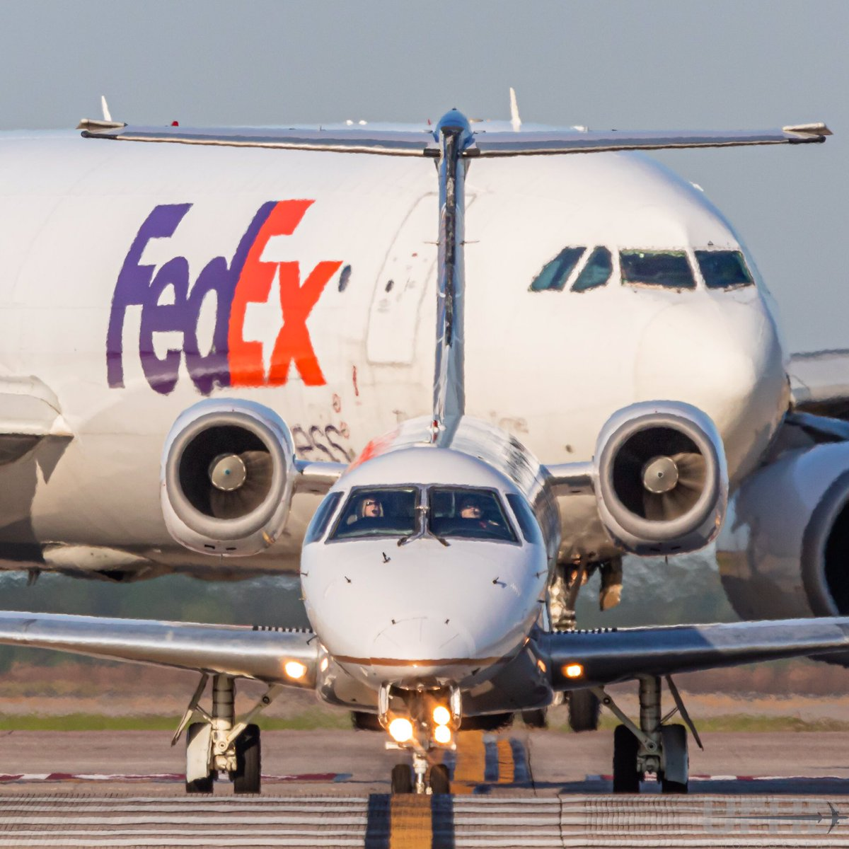 FedEx A300F creeping up behind a United Express ERJ as it taxis to depart Houston IAH  #avgeek #embraer #airbus #airbus300 #freighterfriday