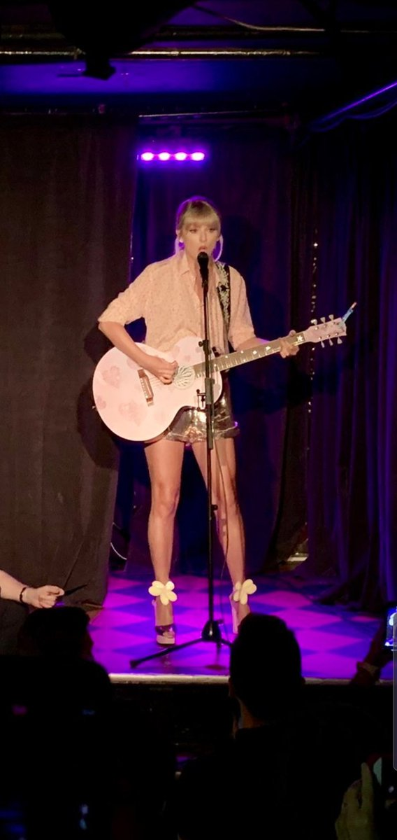 Taylor Swift Gave a Surprise Performance at the Stonewall Inn's Pride Celebration