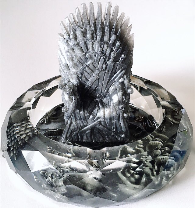 Finished another Game of Thrones inspired Ashtrays for @paige_forrest <br>http://pic.twitter.com/Tf6qoQC3Zm