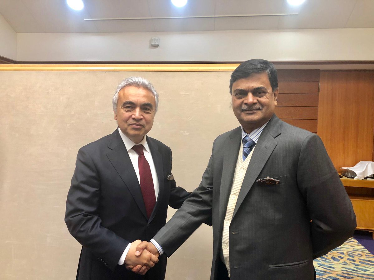 Met executive director of @IEA, @IEABirol at #G20 Energy & Environmental Ministerial Meeting and discussed cooperation between  India and IEA.