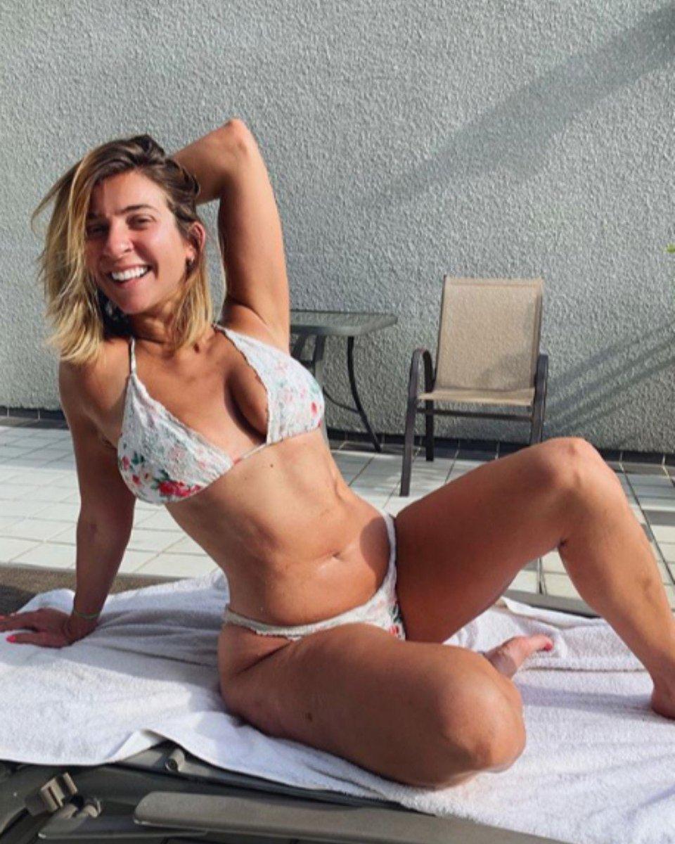 Gabrielle hanna bikini