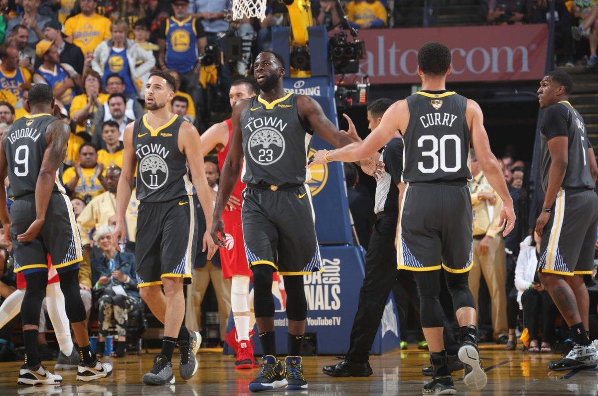 總冠軍賽場均40.8分鐘,轟12.5分10.8籃板9.3助攻,這樣的追夢綠值得頂薪嗎?-Haters-黑特籃球NBA新聞影音圖片分享社區