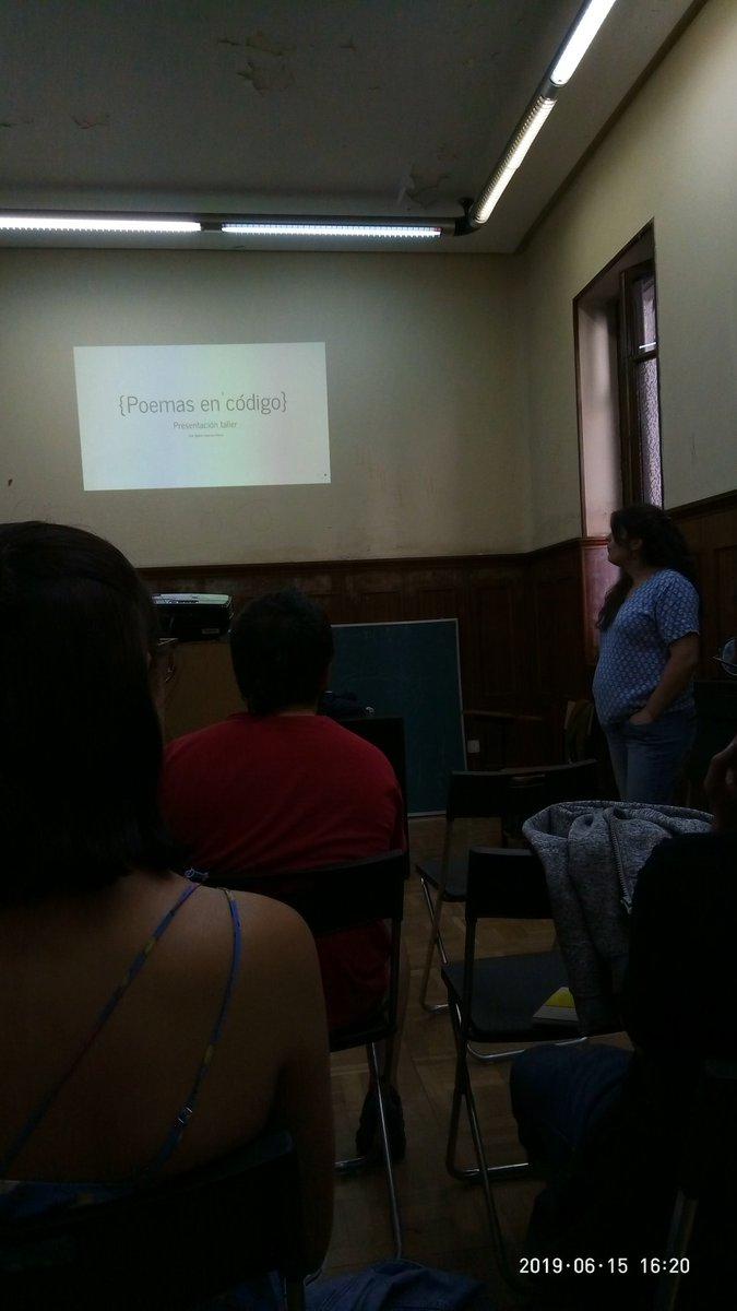 Empezando en taller de Poesía en Código en @CSIngobernable Con @BelenGNieto 💪😍