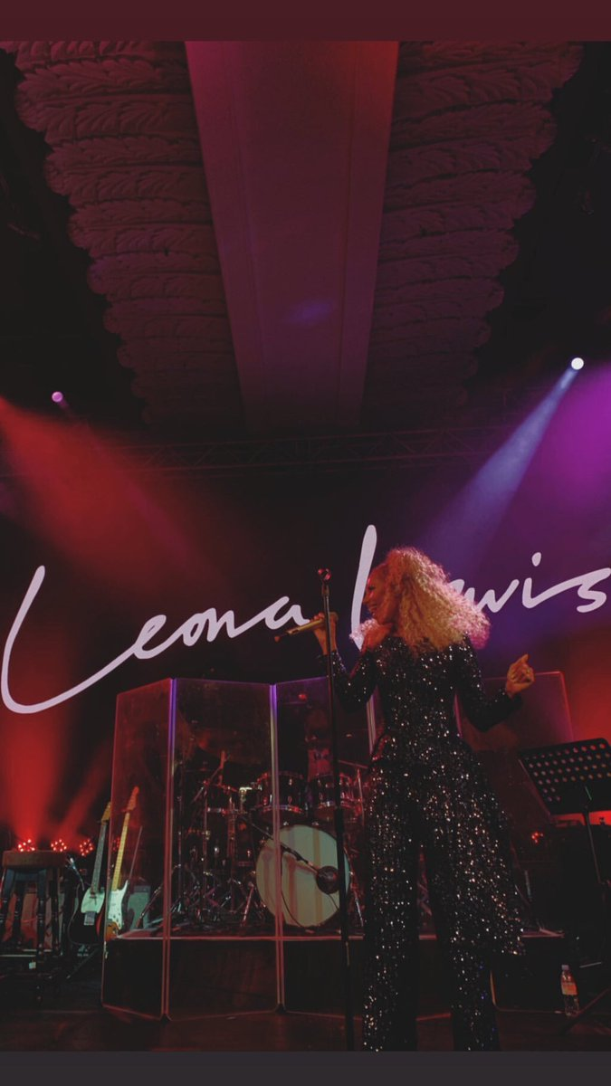 RT @leonalewis: Performing in London my hometown  is always the best feeling ✨  #butterlyball  #london https://t.co/9esTaRoNS9