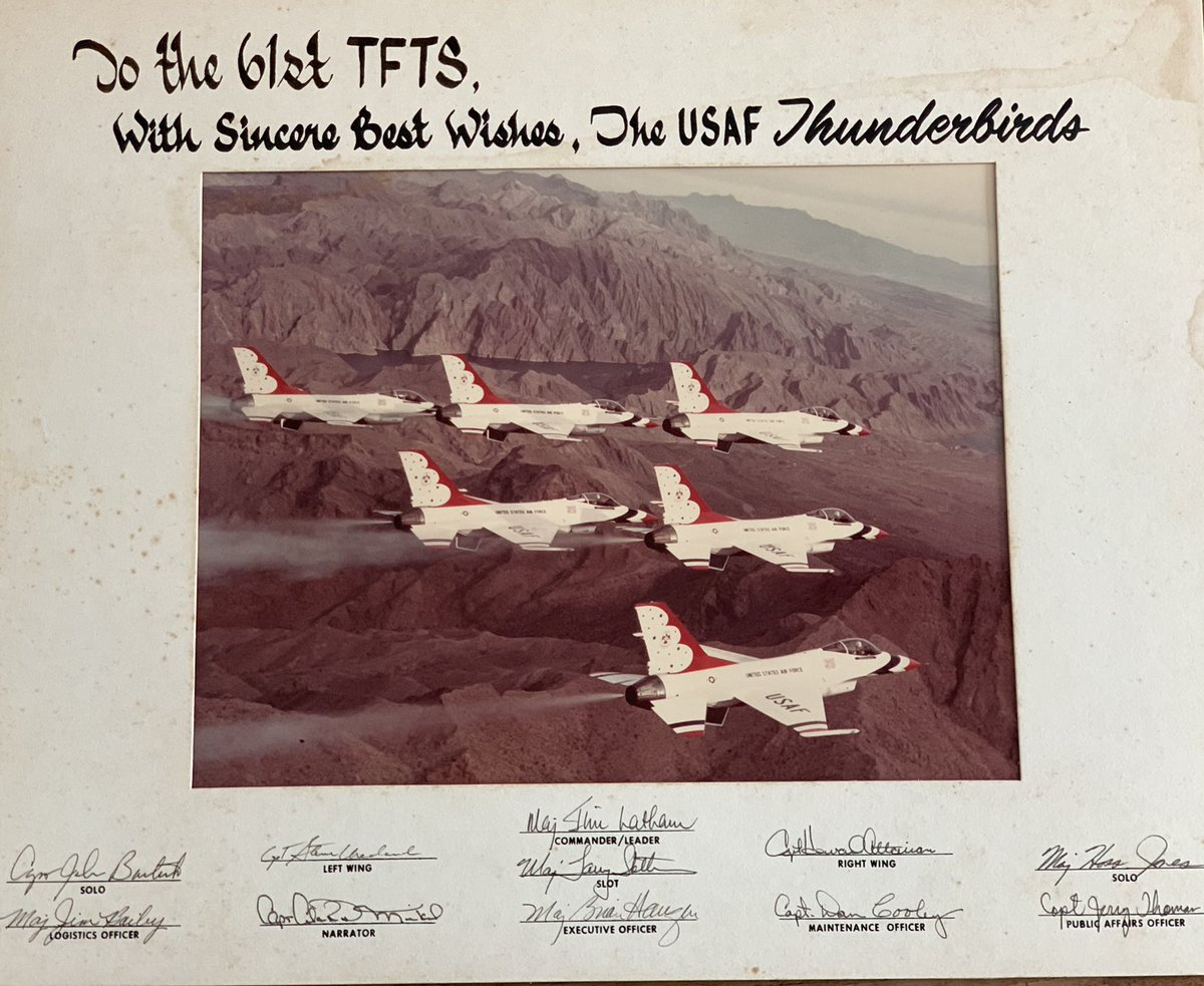 Sometimes Ebay is great when you find treasures - like this originally signed @AFThunderbirds which was given to the 61st TFTS at @MacDill_AFB back in the day. I like to preserve such great historic aviation items! #USAFThunderbirds