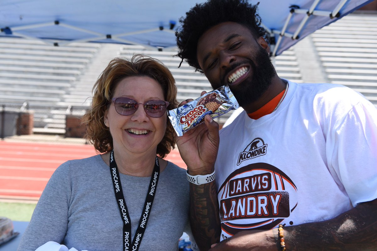 Got to hang out with my @Klondike sweepstakes winner after my @ProCamps !