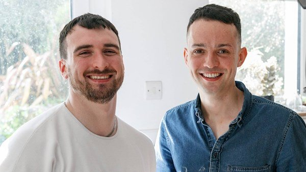 The Currabinny cooks celebrate the courgette  @currabinny_ @JamesKavanagh_   https://www.irishexaminer.com/breakingnews/lifestyle/the-currabinny-cooks-celebrate-the-courgette-930887.html#.XQTDFJhtCPM.twitter…