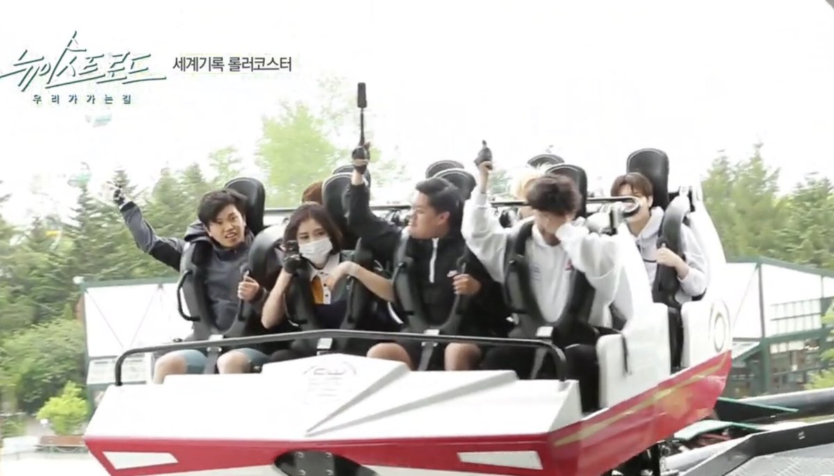Thank you Nuest Road's crew for braving the ride , hold your own scream, defeated the fear to record Nuest's expression and sacrificed your ears to their screams.  You have worked hard! <br>http://pic.twitter.com/pNSfvXZUtp