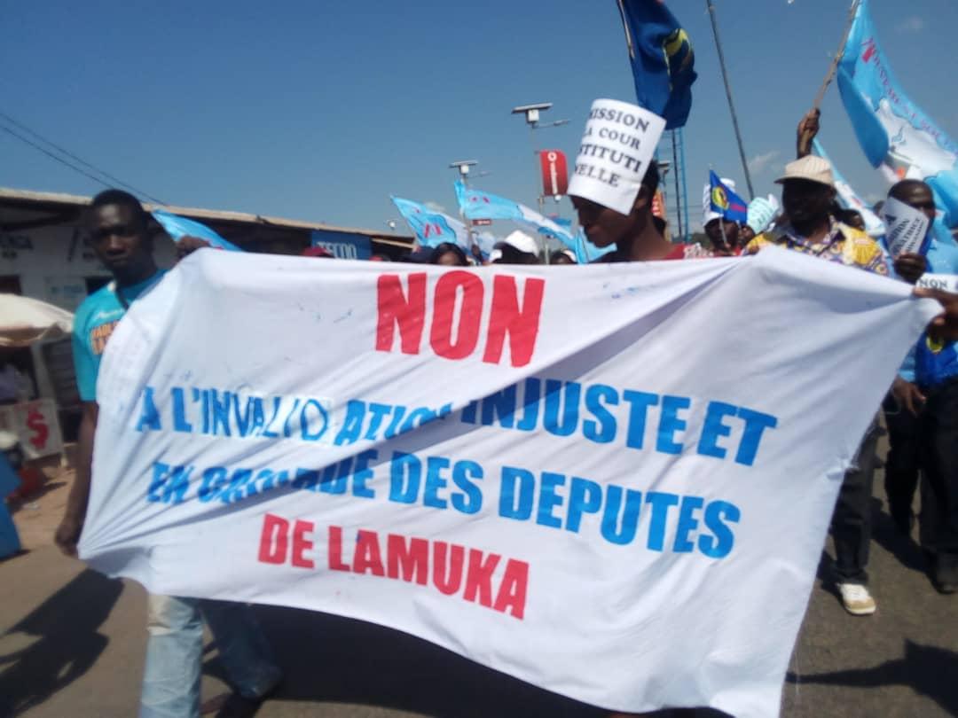 RT @abelamundala: #Kalemie: Marche de protestation contre la Cour Constitutionnelle! #15Juin2019 https://t.co/C3Wr6frEaW