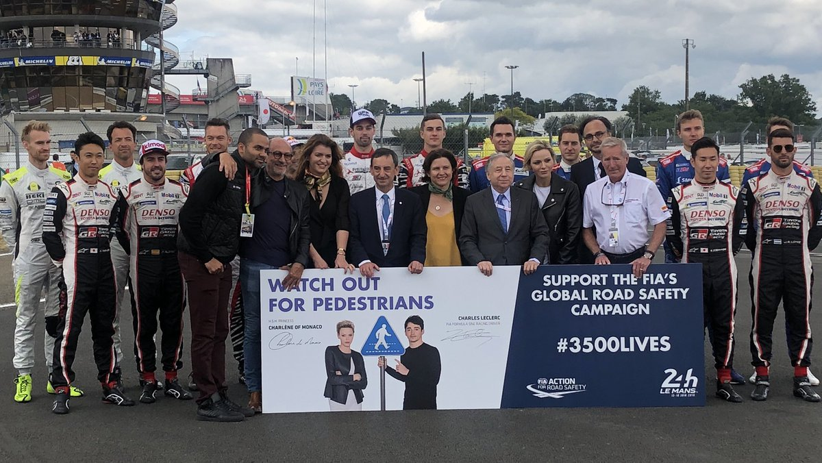 Thanks to all the @24hoursoflemans drivers & @tonyparker for their strong support to our @FIA #3500LIVES Campaign for #RoadSafety #LEMANS24 #WEC