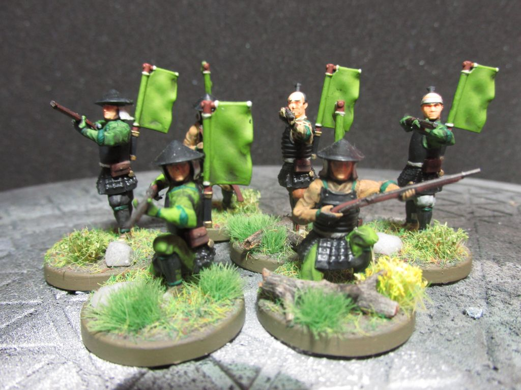 These are my 6 Teppou Ashigaru ready for battle. These are from the Test of Honour plastic starter set originally produced by Warlord Games. #MiniaturePainting #Samurai #Ashigaru #FuedalJapan #SengokuJidai #TestofHonour #WarlordGames