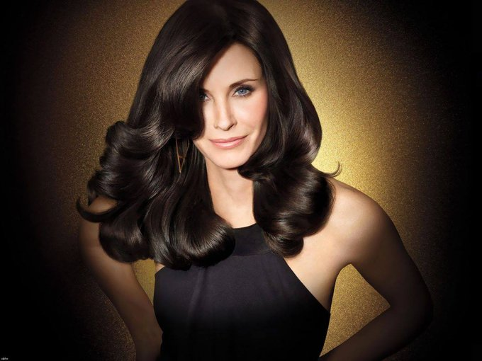 HAPPY BIRTHDAY COURTENEY COX - 15. June 1964.  Birmingham, Alabama, USA