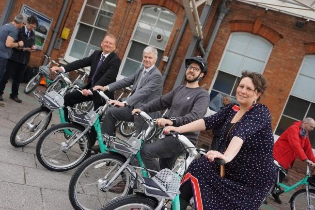 No excuse not to cycle everywhere in #Bournemouth, #Christchurch & #Poole.  https:// bit.ly/2IGIoWr     Beryl Bikes available from 17 June:   get fit   get healthy   feel good about yourself  LVE IT!<br>http://pic.twitter.com/D2pmLgfpri