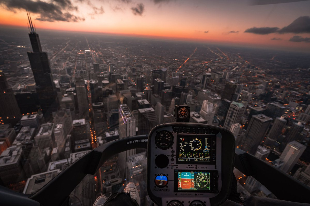 Fly to take breath taking pictures like this....   #aviation #aviationlovers #aviationporn #AviationLover #aviationphoto #aviationspotter #aviationlove #aviationtopia #aviationpic #AviationEnthusiast #aviationgoals #aviationphotos #aviationismylife #Aviationpictures