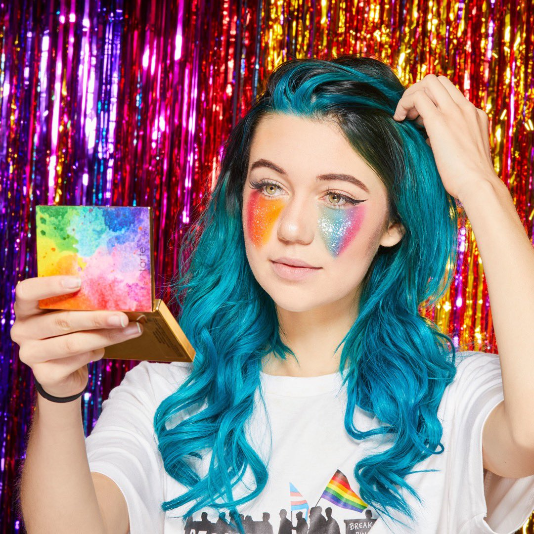 KEEP READING FOR @JESSIEPAEGE X TARTE MEET & GREET DEETS! Join us on Saturday, 6/22/19 for a chance to meet Jessie Paege! She will be signing palettes at #sephorabeverlycenter from 3-5PM.   MORE DEETS HERE:  https://www. facebook.com/events/4448110 59640677/  … <br>http://pic.twitter.com/UugaApX036