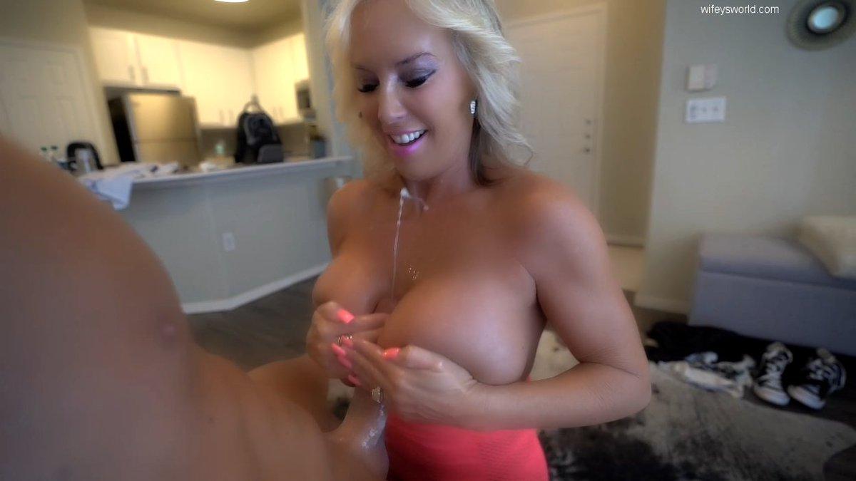Big tits tranny big dick