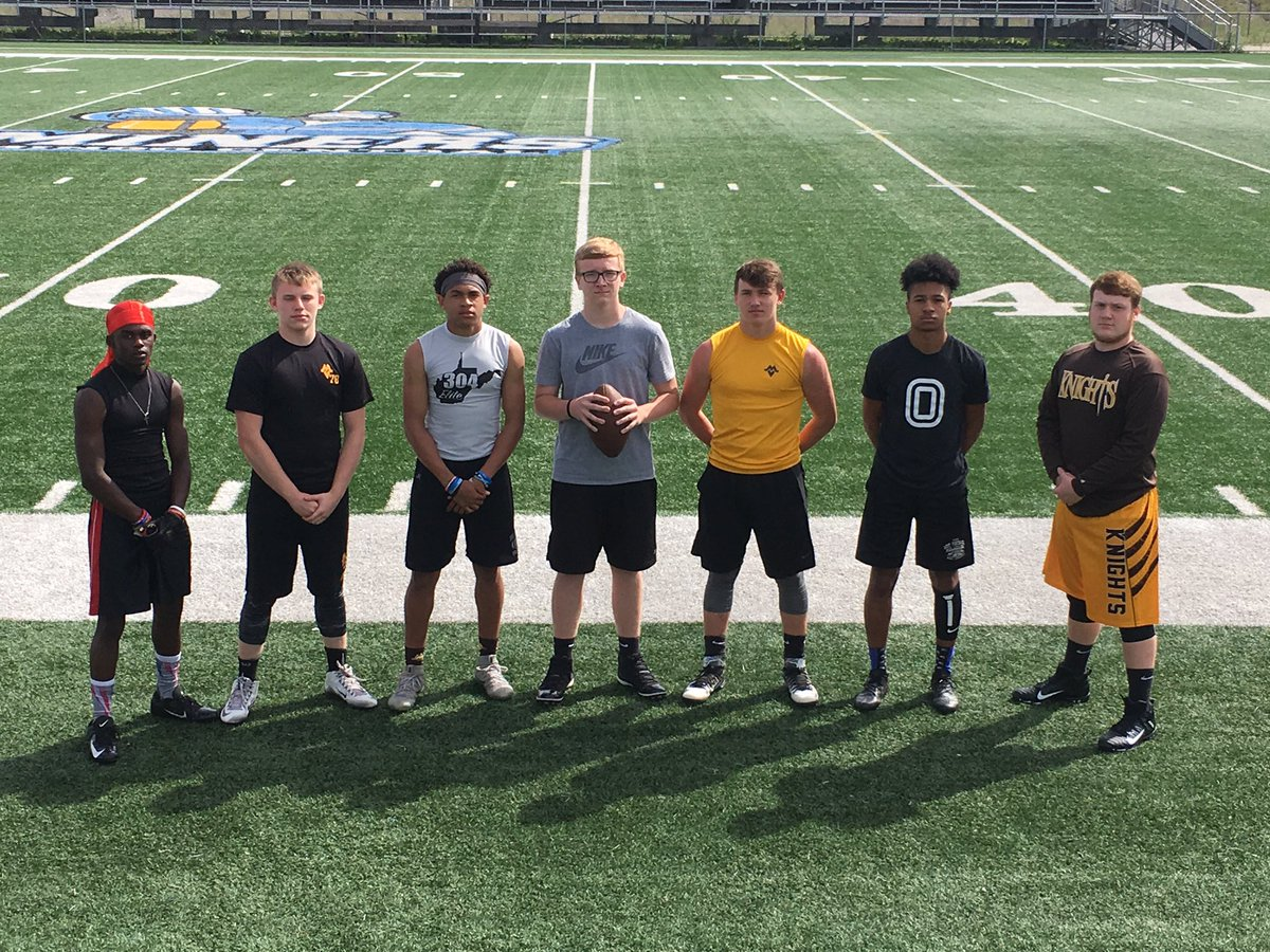 Wanna thank @coach_kellar and the rest of the @GSCFootball coaching staff for a great camp. Me and my @MountViewFB teammates had a awesome time and I got some great instruction from Coach Kellar.  @WVSportsNews1 @304Elite @AppalachiaPrep