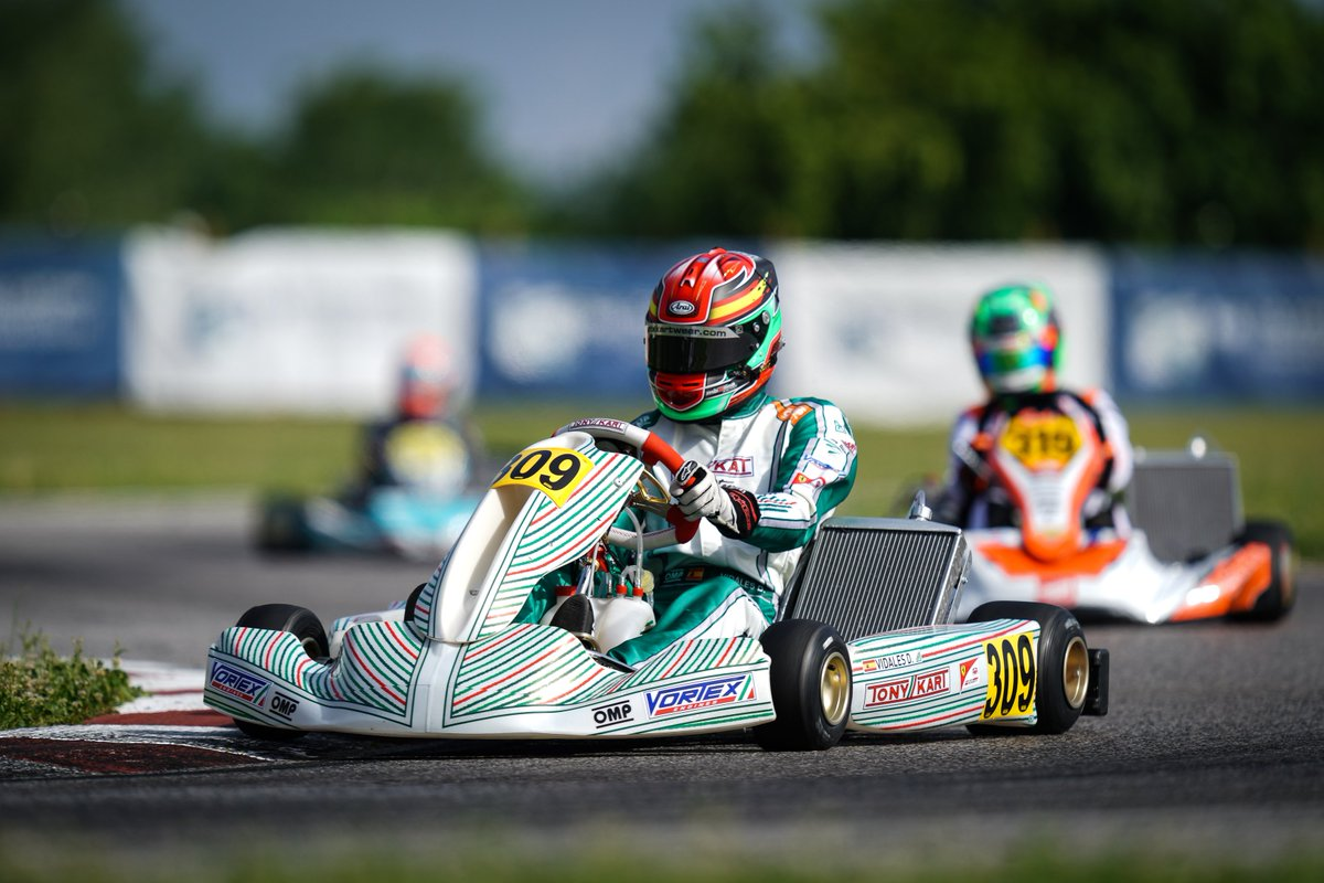 #FIAKarting  - Simo Puhakka (FIN)  was the fastest today in KZ, David Vidales Ajenjo  (ESP) in KZ2 while De Haan and Partyshev finished on equal points in  Academy Trophy 🇮🇹⬇ https://www.fia.com/news/fia-karting-fierce-battles-qualification-sun-sarno…