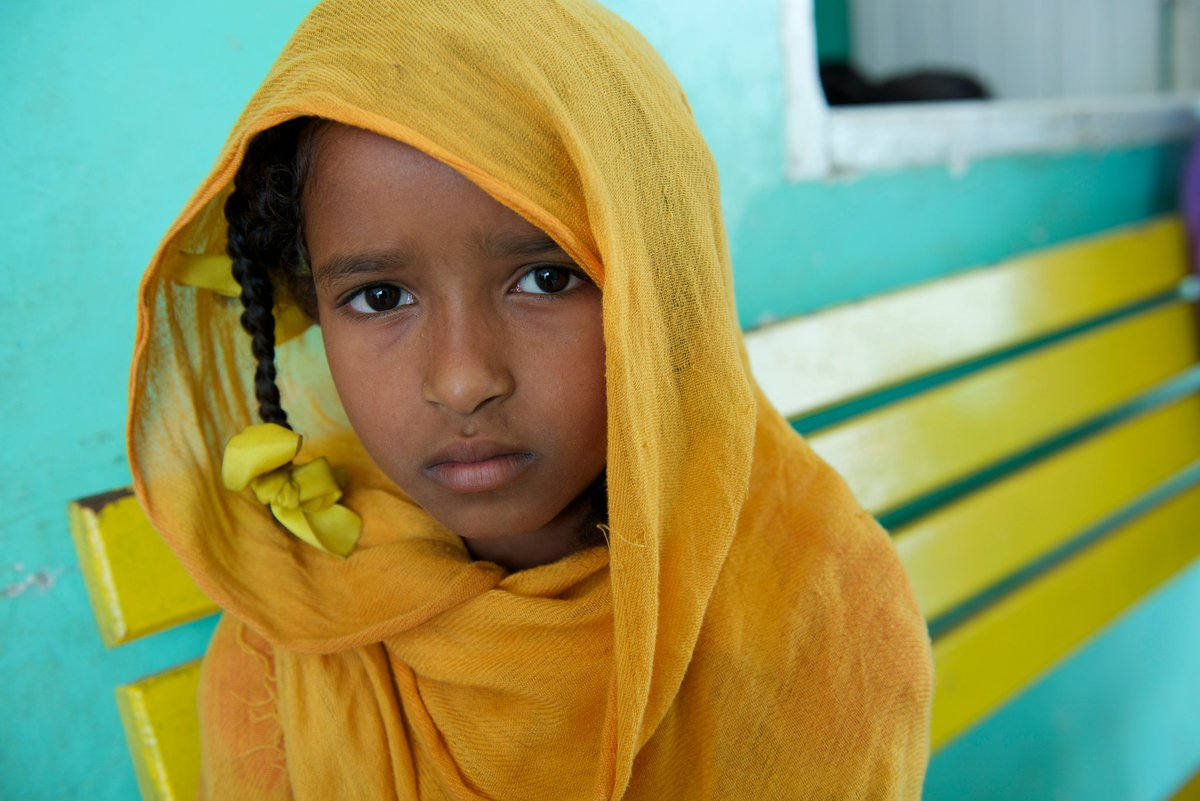 Children in #Sudan are already bearing the brunt of decades of conflict, and current violence is making a critical situation even worse. #UNICEF appeals to all those involved to protect children at all times and to keep them out of harms way. v/@unicefcanada #BlueForSudan