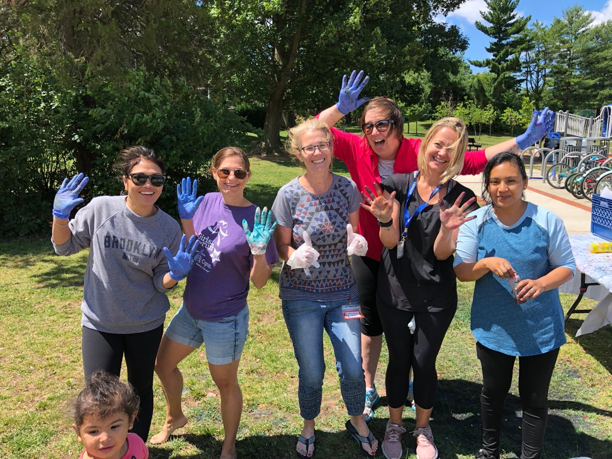 What an incredible day of fun, friendship & games at Field Day 2019.  Thank you to all of the parents and staff for making this day amazing!!! <a target='_blank' href='http://twitter.com/AbingdonPE'>@AbingdonPE</a>, <a target='_blank' href='http://twitter.com/AbingdonPTA'>@AbingdonPTA</a> <a target='_blank' href='http://twitter.com/AbingdonGIFT'>@AbingdonGIFT</a> <a target='_blank' href='https://t.co/bT26ixmnCE'>https://t.co/bT26ixmnCE</a>