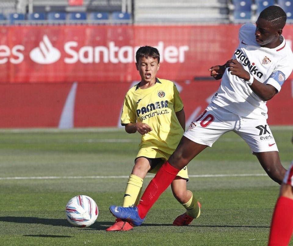 A photo taken from the game between Sevilla vs Villarreal (Under 12s)