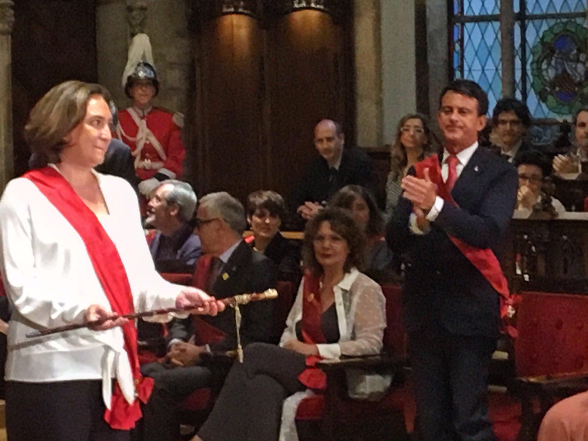 independance de la Catalogne ada colau manuel valls