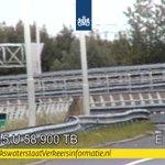 @RWSverkeersinfo - 🧐   Zoek de deuk. Terwijl we dit fixen is bij Vaanplein de lus vanuit Rotterdam (#A29) naar Europoort (#A15) dicht. Wél kan je keren bij Barendrecht. https://t.co/oPAJIH6IjE