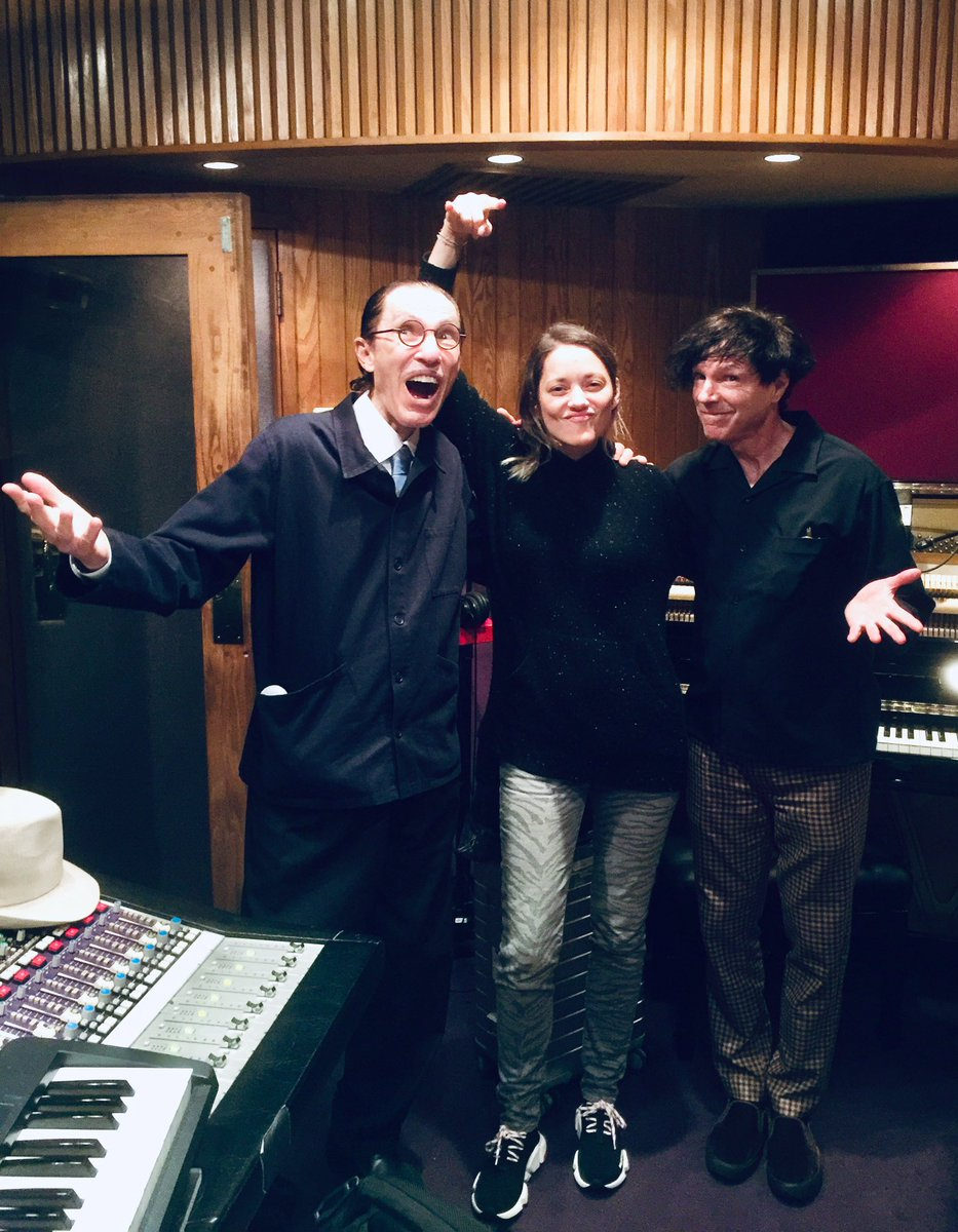 Ho-hum, another recording session... This time with the magnificent Marion Cotillard! ✨  #annette #leoscarax