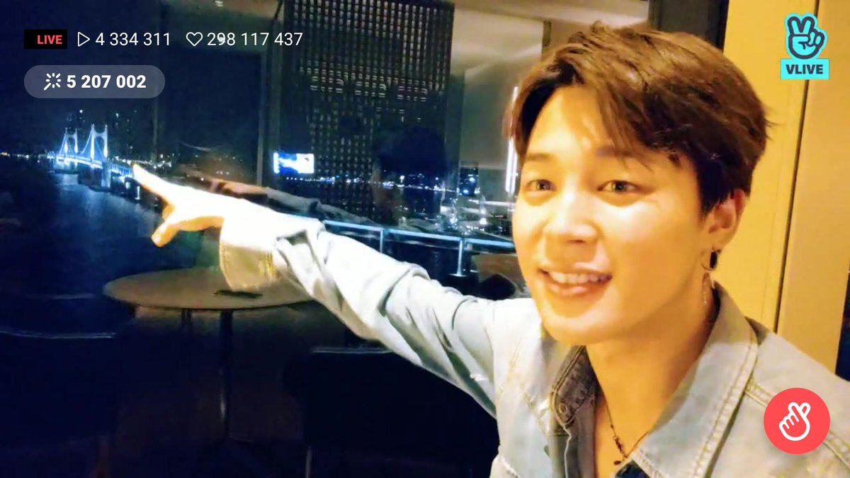 Ah... even his eyes are smiling, there isnt anything more perfect in this world than a smile and yours shines very strong, cutie 😍 Perfect from every angle, thats our Jiminie ❤ Thank you for your time, nighty night now, sleep tight! 😙