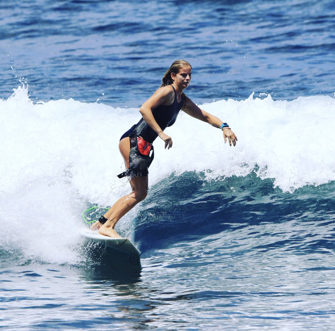Happy #InternationalSurfingDay Every scuba diver and surfer an ocean cleaner - Read this inspiring #MyOcean community story  https://www. projectaware.org/news/trshbg     #oceansolutions  #oceanpollution #oceanoptimism #positivechange <br>http://pic.twitter.com/KBKfR5BR4W