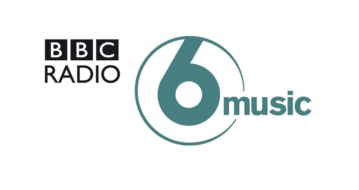 2/2 📢 UPCOMING RADIO! MONDAY 17th JUNE: 5.00-7.30am @BBC6Music  'Hometown Glories' features Neil's guide to Dublin on @ChrisHawkinsUK  More info: https://thedivinecomedy.com/news/17th-june-hometown-glory… #TheDivineComedy #NeilHannon