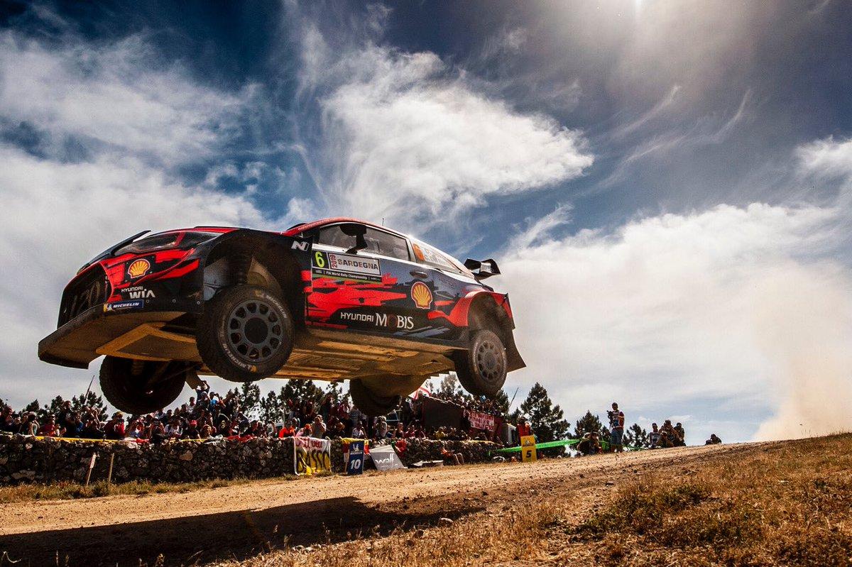 WRC: Rallye d'Italia - Sardegna [13-16 Junio] - Página 6 D9HlRk-WsAAyttt