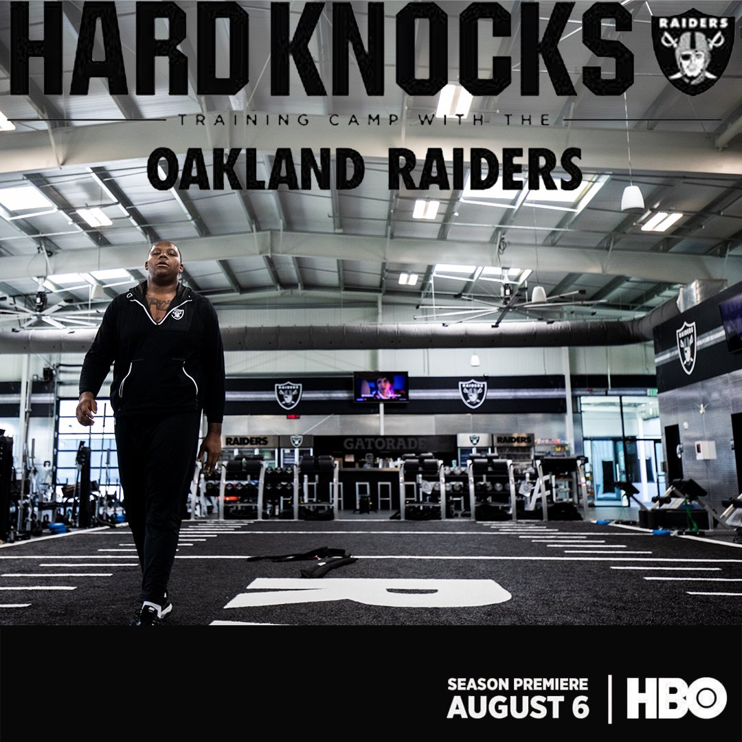 D I F F E R E N T  T E A M , S A M E  G O A L  #TB77 #RaiderNation #GREATESTUNDERDOG<br>http://pic.twitter.com/uR2qFG8Tuo