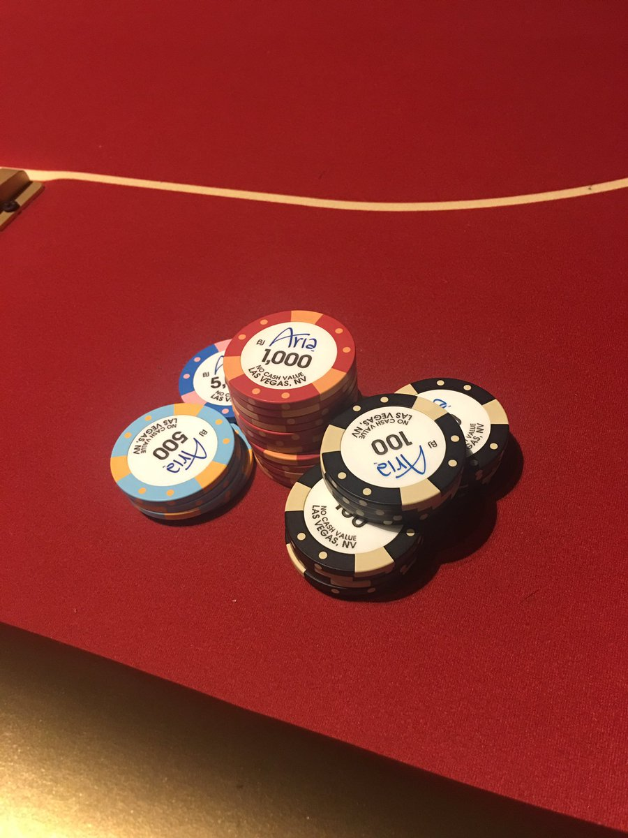 Taking another stab at the @ARIAPoker tourney. Today I'm back to holdem. 😊