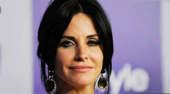 June, 15th  Happy birthday Courteney Cox!