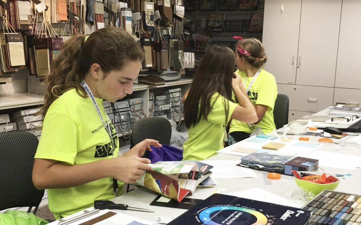 As classes are letting out at K-12 schools for the summer, there are a lot of great, fun learning opportunities available to kids through the @wistechcolleges. https://bit.ly/2IOgNUH (thanks to @WCTC for the photo!). #summer #K12 #braingain #careerexploration #funsummerprojects