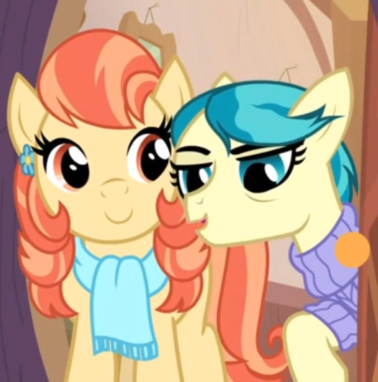 UOUUUUUHUHHHH MY LITTLE PONY INTRODUCED A LESBIAN COUPLE IM SO HAPPY? <br>http://pic.twitter.com/sJbNvPuKi2