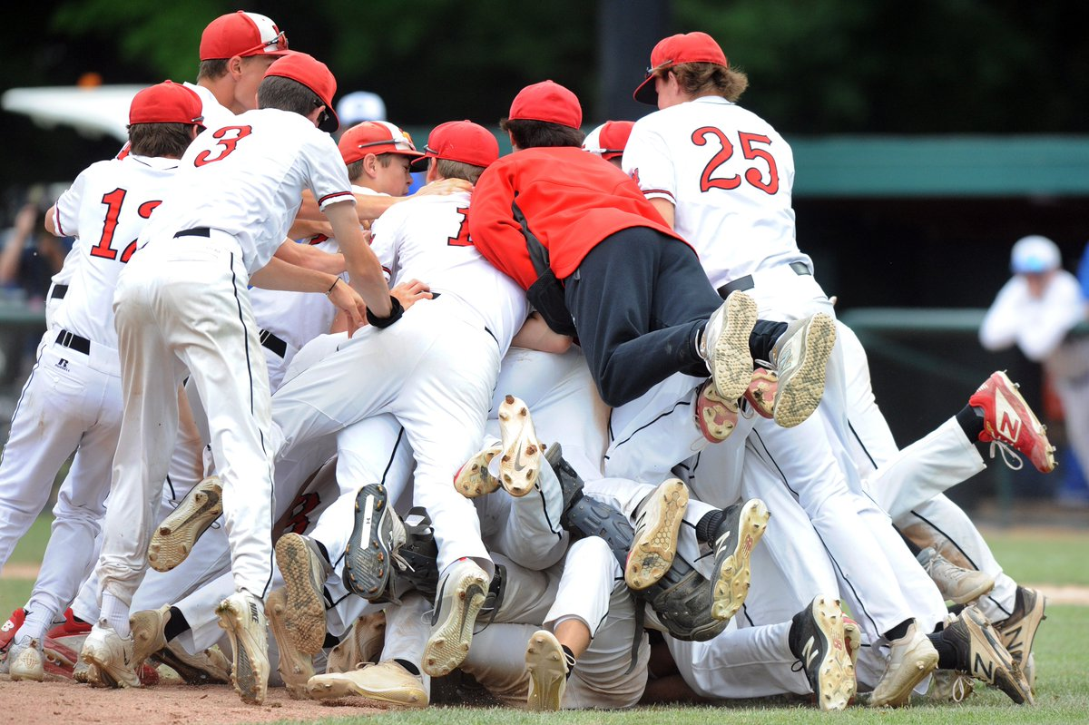 In Division 2 baseball, Orchard Lake St. Mary's was aggressive from the get-go -- and ended up getting the trophy. From David Goricki.  https://t.co/wfxUaAVUlH https://t.co/QAxI9TYjCa
