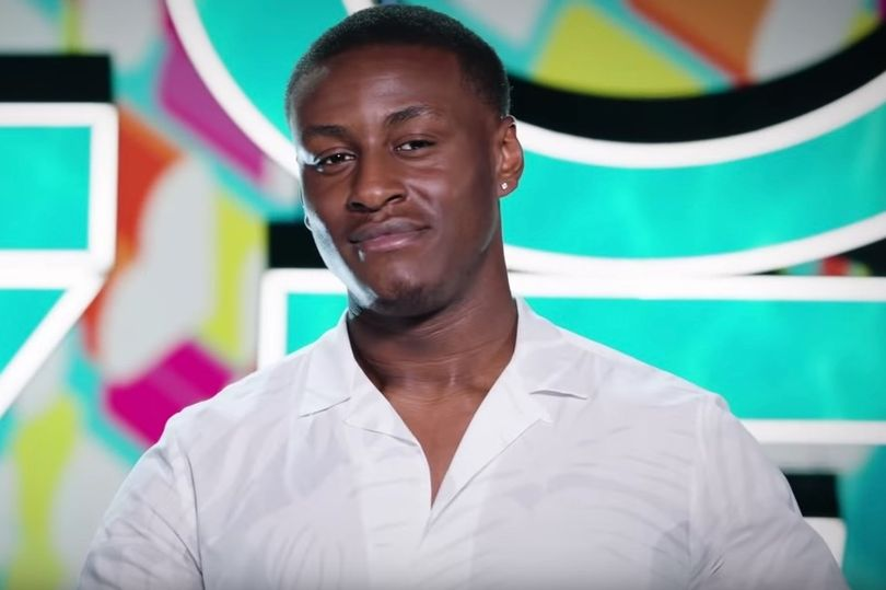 #LoveIsland's Sherif booted off show for hurting female star mirror.co.uk/tv/tv-news/lov…