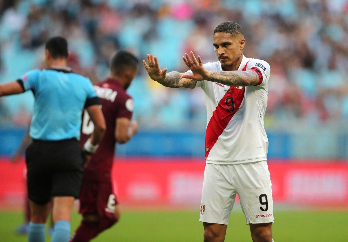Público e renda na Arena do Grêmio para Venezuela x Peru: 11.107 pagantes 13.370 presentes R$ 2.400.800,00