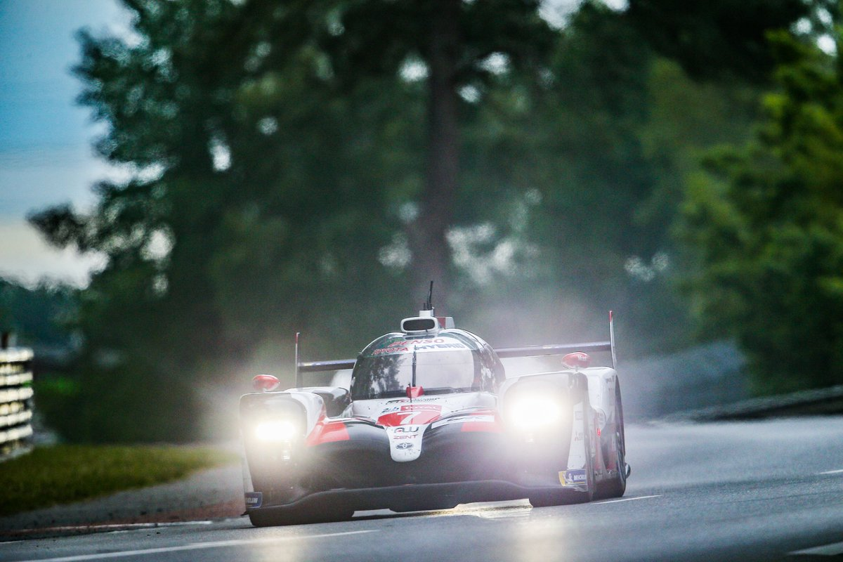 #WEC - After six hours of racing it was the two Toyotas that held the top two spots.  Rain did arrive later in the race, with a light shower providing the competitors with some tricky conditions #LEMANS24 🇫🇷⬇ https://www.fia.com/news/wec-24-hours-le-mans-after-5-hours…