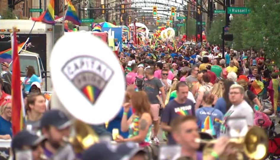 Thousands fill the streets for 2019 Columbus Pride Parade https://bit.ly/2IOyemJ  #10TV