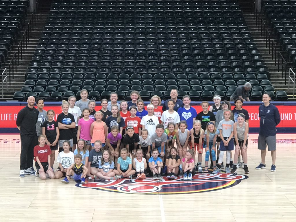 Cool experience to work with these @ButlerUWBB campers inside bankers life, and now all of us are coming back to support the @IndianaFever!